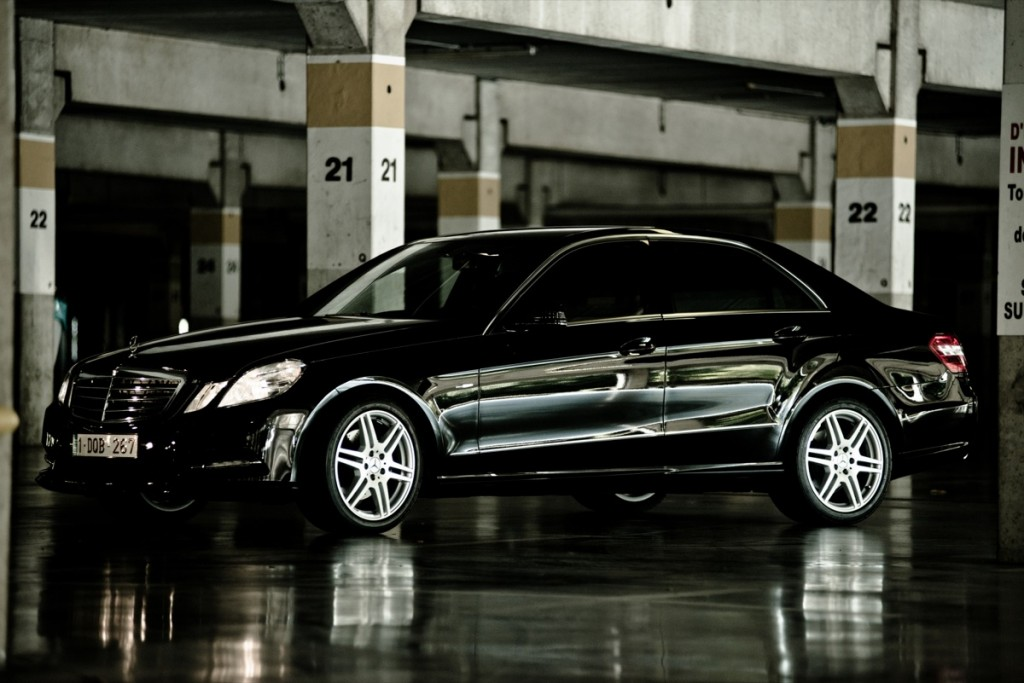 Mercedes Class E Amg Sport 233 Dition Black And White
